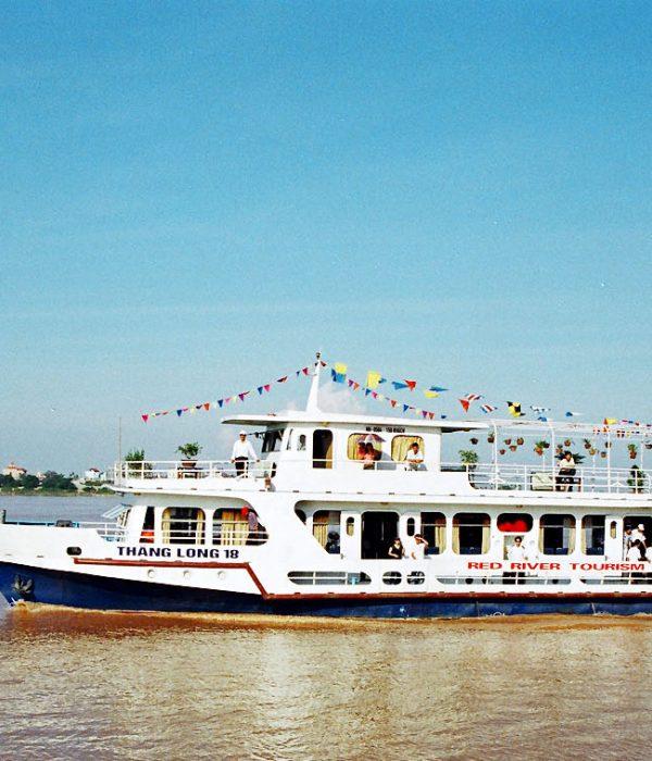 du thuyền sông hồng